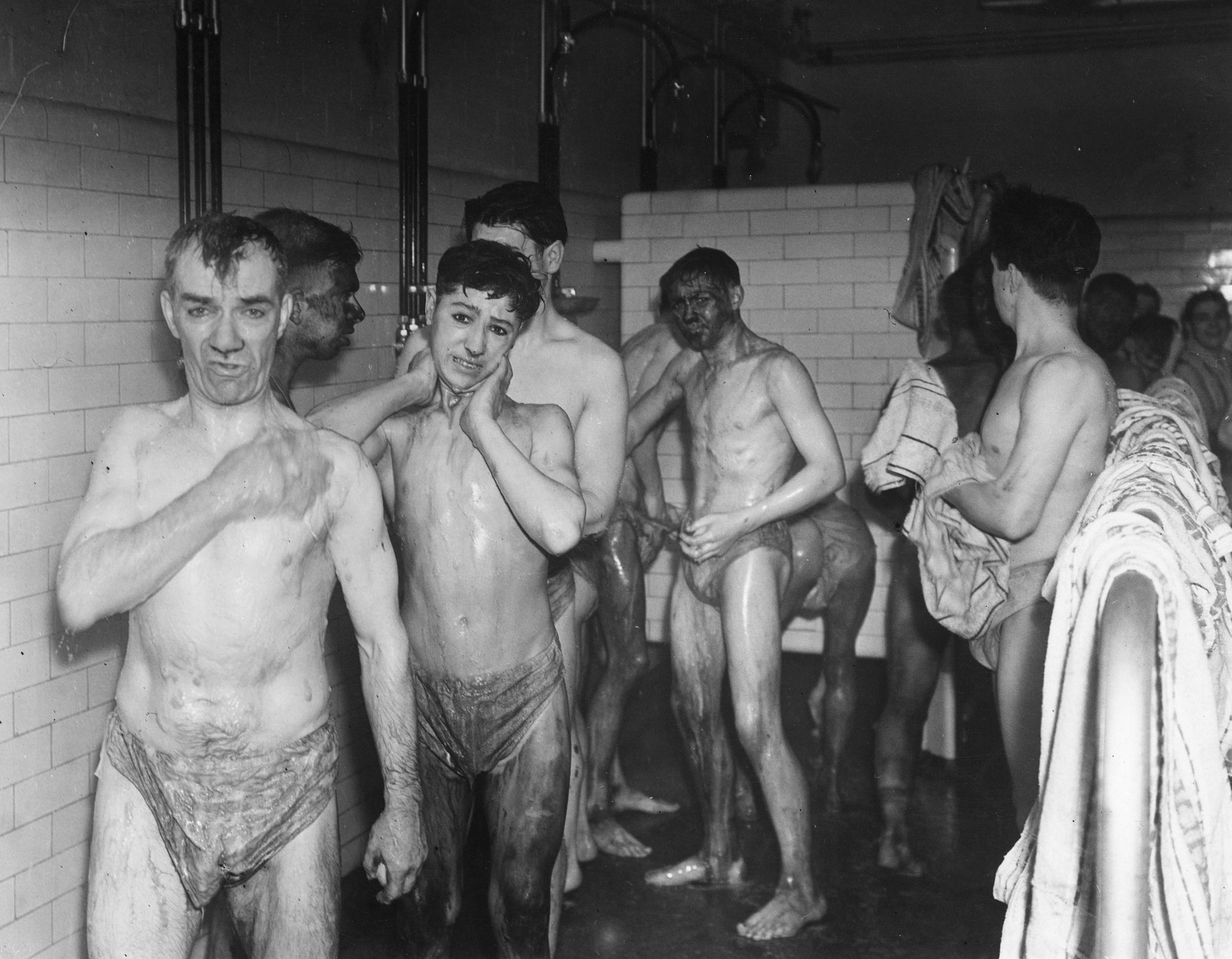Men In Shower 89